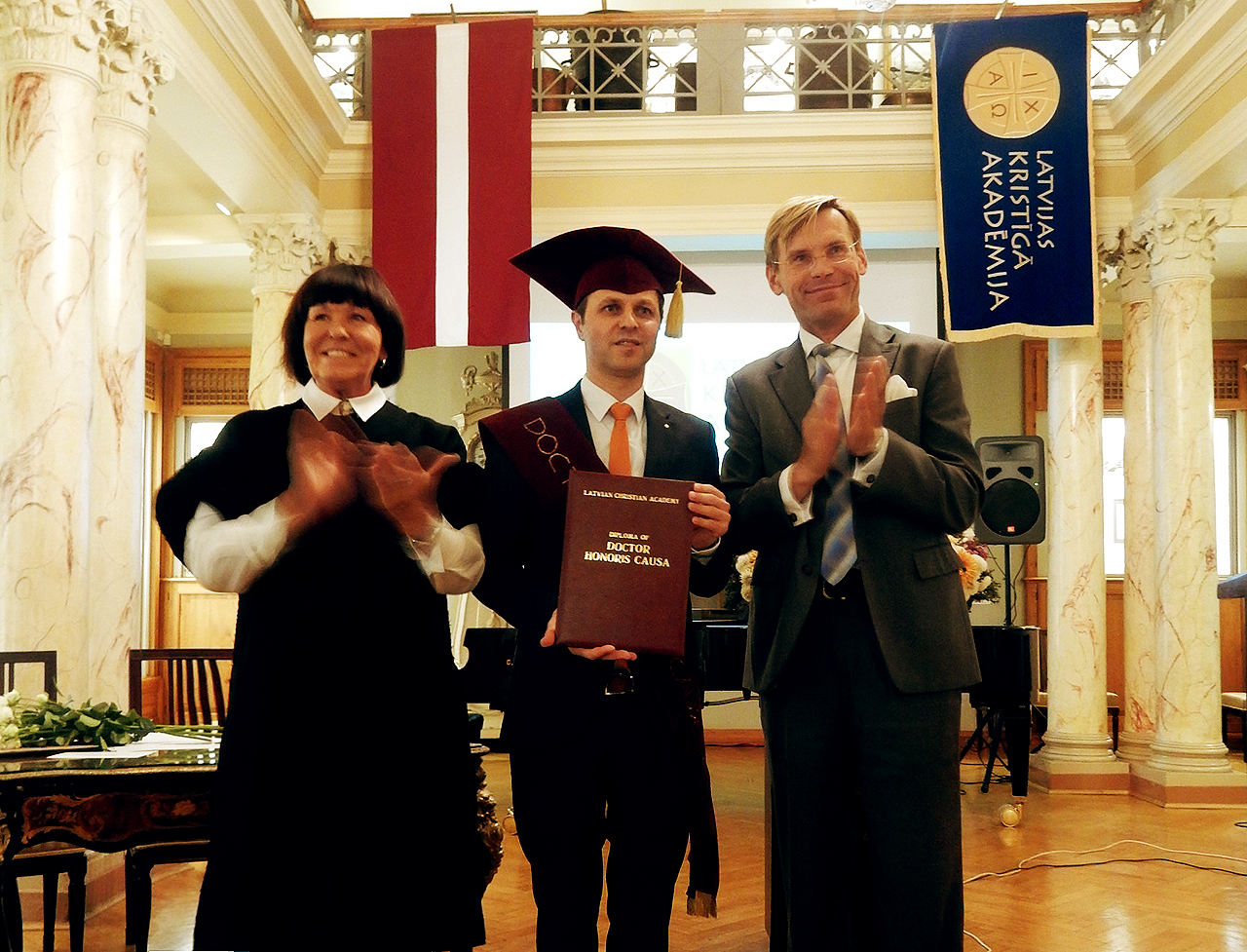 Mr. George van Durtanosky (Germany, The Netherlands) awarded with the Honorary Degree of Latvian Christian academy